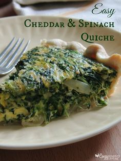 Easy Cheddar & Spinach Quiche perfect for a Brunch! Brunch Recipes, Breakfast Recipes, Breakfast Quiche, Breakfast Casserole, Quiches, Spinach Quiche Recipes, Spinach Pie, Cocina Natural, Tasty