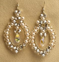 Dress Up or Dress Down with these delicate earrings created with pearls and crystals, and a center Swarovski Crystal Elements drop. Kit includes everything you need, plus needle and thread and step by