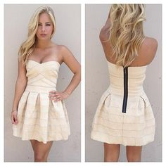 Online Fashion Boutique - Dresses