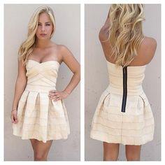 Online Fashion Boutique - Dresses