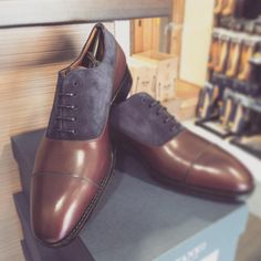 http://chicerman.com patinepl: @patinepl #yanko #yankoshoes #yankostyle #yankolover #yankolovers #shoes #shoe #shoestagram #shoeporn #shoeslover #saphir #shoecare #fashion #fashionlover #instafashion #menswear #style #styleformen #gentleman #gentlemen #classy #classic #classicshoes #patineshoes #patinepl #buty #schuhe #mnswr #menshoes