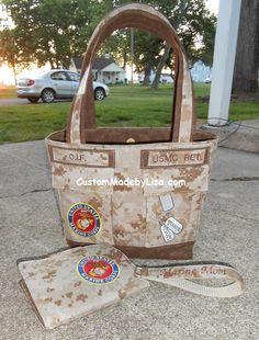 USMC Mom Brag Bag with matching Wallet & Key Chain. Marine Mom, Us Marine Corps, Marine Life, Usmc, Marines, Marine Outfit, Baby Shower Pictures, Parris Island, Camp Lejeune