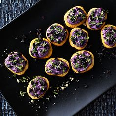 Crostini med getostcrème och blåbär | Recept ICA.se