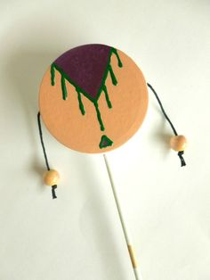 I've always had a weakness for acquiring music instruments and will jump at any opportunity to make or buy one. Yvette from Abernathy Crafts came up with this adorable DIY Spin Drum tutorial … Making Musical Instruments, Homemade Instruments, Music Instruments, Indian Instruments, Music Crafts, Fun Crafts, Crafts For Kids, Spring Projects, Projects For Kids