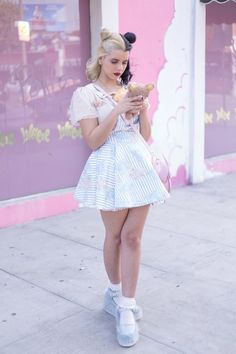 Imagen de melanie martinez, pink, and cry baby Melanie Martinez Style, Mel Martinez, Melanie Martinez Outfits, Crybaby Melanie Martinez, Cry Baby, Mode Kawaii, Chica Cool, Marina And The Diamonds, Jesse Rutherford