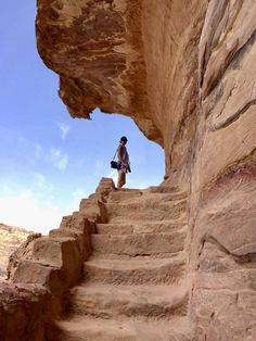 Plan the adventure of a lifetime with the best Petra hiking trails & temples, Petra map & 15 essential tips to visit Petra, the magical lost city of Jordan. Petra Map, City Of Petra, Jordan Tours, Jordan Photos, Jordan Travel, Original Travel, Poster Design, Lost City