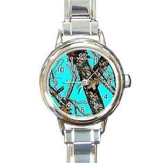 Aqua Realtree camo watch loooove I've been needing a watch.