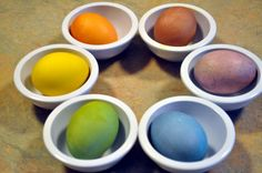 Natural Easter Egg Dyes--this would be fun to try this year...