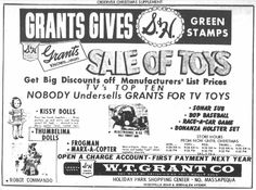 WT Grant, North Massapequa, NY Christmas ad from December, 1961
