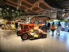 Supermarket Design, Retail Store Design, Fruit And Veg Shop, Vegetable Shop, Store Signage, Cafe Shop, Commercial Design, Shops, Shopping