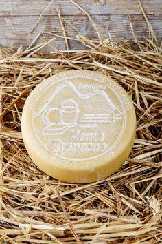 Formaggella Bronzone Ingredienti: LATTE pastorizzato, caglio, sale, fermenti lattici