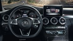 Convenient and intuitive: the touchpad developed by Mercedes-Benz, in the handrest above the controller on the centre tunnel. New C Class, Mercedes Benz, Centre, News, Pictures, Photos, Resim, Clip Art