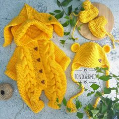 Suéter de ganchillo con diseño de manta fácil, cómo hacer el nuevo 2019 tejer crochet ideas spanish,tejer crochet ideas,tejer crochet ideas knitting,tejer crochet ideas video tutorials,tejeros convention,crochê natalino, #trapillo #häkeln #Вязание #crochê #babycrochetpattern #crochetbaby #artesanato #ganchillo #knitting #artesanato #crochetpatterns #haken #knittingpatterns #uncinetto #crochet #knittedhats Knit Baby Sweaters, Knitted Baby Clothes, Baby Doll Clothes, Knitted Hats, Knitting For Kids, Baby Knitting, Newborn Outfits, Kids Outfits, Disney Ears Hat