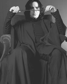 New Wall Paper Harry Potter Always Severus Snape Ideas Professor Severus Snape, Snape Harry, Harry Potter Severus Snape, Alan Rickman Severus Snape, Severus Rogue, Mundo Harry Potter, Harry Potter Fan Art, Harry Potter Fandom, Harry Potter Characters