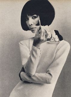 Cardin dress worn by Hiroko (american Vogue, 1964)