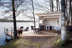A special edition of inspiration posts brings Wanderlust Wednesday.a lake cabin it is! Outdoor Spaces, Outdoor Living, Summer Cabins, Weekend House, Lake Cabins, Summer Kitchen, Coastal Living, Pergola, Backyard