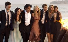 Os 15 anos de The OC! - Inspo of the DayYou can find The oc and more on our website.Os 15 anos de The OC! - Inspo of the Day Benjamin Mckenzie, Adam Brody, Rachel Bilson, The Oc Show, Ryan Atwood, Gossip Girl, Pretty People, Beautiful People, The Oc