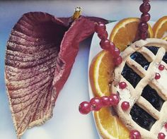 "My ""autumn cake""  #food #foodgram #strawberry #fruit #orange #cake #foodcake #sweet #decor #leaf #hungry #jam #pie #cook #instagramers #instagood #instagram #photographer #myphoto #photography #photooftheday #photo #foto #ribes #rouge #color#autumn#sharefood #instafood"