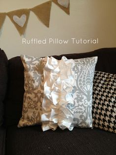 Ruffled Pillow Tutorial  www.thelundgreens.blogspot.com