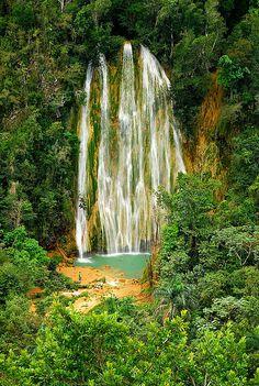 Wasserfall: Cascada del Limon, an der Samana Bucht, Dominikanische Republik