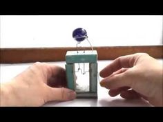 a simple move machine A glass marble turns around.