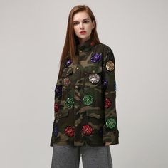 2016 Autumn Winter Women's Streetwear Long Sleeved Camouflage Trench Coat with Sequined Flowers