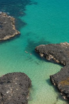 Baía dos Porcos, considered Brazil's second most beautiful beach in Fernando de Noronha Archipelago