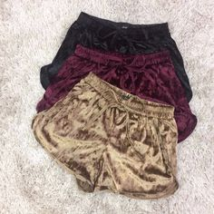 Evey shade of every color, idc if it amounts to 500 pairs of these shorts, i must HAVE THEM! Sporty Outfits, Summer Outfits, Cute Outfits, Fashion Outfits, Womens Fashion, Fashion Trends, Pyjamas, Cute Sleepwear, Velvet Shorts