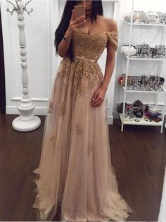 Get 2018 homecoming dresses, fashion short homecoming dresses which can be customized in various styles, size, colors at amyprom.com.