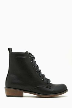 Eastside Combat Boot | Shop Boots at Nasty Gal
