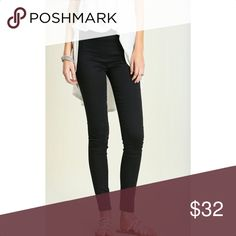 NEW ARRIVAL-Skinny Minnie Pant You'll love these comfy casual skinny pants! Features Ankle length with elastic waist. Has back pockets & front pocket detail.  Material: 65% Cotton 35% Polyester  Care: Hand Wash Pants Ankle & Cropped