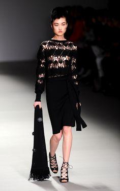 Highlights From London Fashion Week Fall 2015  - ELLE.com