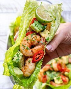 Chili Lime Shrimp Wraps for Light and Fresh Clean Eating! Chili Lime Shrimp Wraps for Light and Fresh Clean Eating!,yummies Chili Lime Shrimp Wraps for Light and Fresh Clean Eating! Healthy Meal Prep, Healthy Snacks, Healthy Pesto, Eating Healthy, Dinner Healthy, Clean Eating Vegetarian, Healthy Summer Recipes, Healthy Recipes Low Calorie, Healthy Delicious Meals