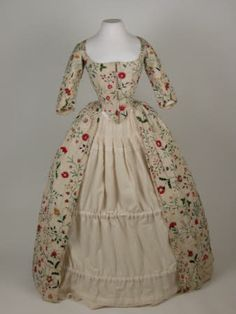 Dress    National Trust Inventory Number 1365653.1  CategoryCostume  Date1770  MaterialsCalamanco, Linen, Silk