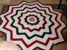 Free Crochet Patterns: Free Crochet Christmas Tree Skirt Patterns