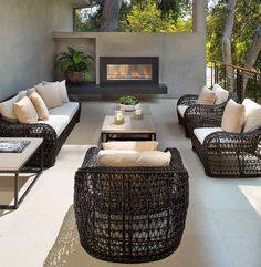 Please PM me at @styleestate if you know who designed this fantastic outdoor space