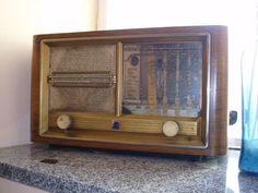 80 €  Ref: 219279629 Particular  OFERTA - Otros en Tarancón (CUENCA)     Radio de madera de haya, restaurada. funcionando. es de los años 40/50 de coleccion personal