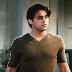 Joey Friends, Friends Tv Show, Three Boys, Two Girls, David Crane, Friends Episodes, Matt Leblanc, Friend Outfits, Tv Shows