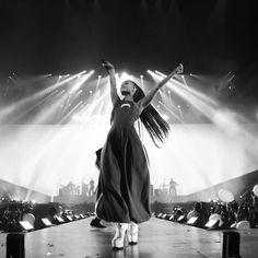 109.7 m abonnés, 1,359 abonnement, 3,178 publications - Découvrez les photos et vidéos Instagram de Ariana Grande (@arianagrande)