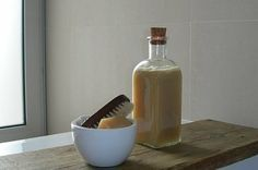 """The first few have some weird ingredients. Scroll down for the """"normal"""" ingredient mixes. I am definitely doing the dry hair shampoo. And, there is a recipe for a shampoo for blondes! homemade-bath-and-beauty-products Natural Shampoo Recipes, Homemade Shampoo Recipes, Hair Shampoo, Dry Shampoo, Deli News, Hair Care Recipes, Salud Natural, Homemade Beauty Products, Natural Products"""