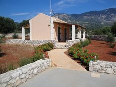 Villa Leto, can accommodate at least 3 persons http://korallisvillas.gr