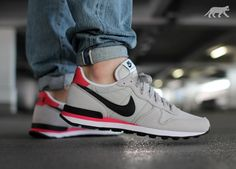 Visit the post for more. Nike Shox Shoes, Nike Tennis Shoes, Nike Shoes Outlet, Shoes Sneakers, Latest Sneakers, Classic Sneakers, Nike Kicks, Nike Internationalist, Nike Air Huarache
