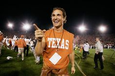 """""""How else am I gonna keep up with my 'Horns?"""" and network with 4,50,000 UT Austin alumni around the world."""