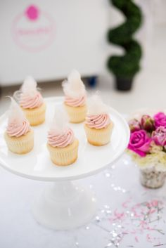 Dress up your cupcakes with cotton candy!