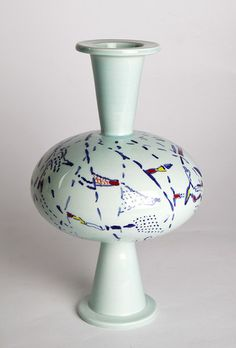 Vase design by Ugo La Pietra, made in Decor9 and 3B workshop in Nove (VI) in 2013. Ceramic. Height 25 cm. Unique piece. Signed and painted by designer.