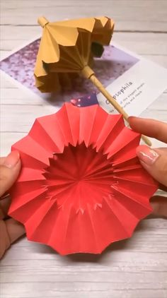 Paper umbrellas handicraft video tutorial DIY Origami Gifts & DecorationMaster the basics of Origami while giving them purpose Paper Flowers Craft, Paper Crafts Origami, Diy Origami, Paper Crafting, Origami Ideas, Origami Tutorial, Diy Flowers, Paper Oragami, Cool Paper Crafts