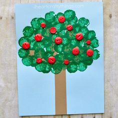 button apple kids crafts -fall kid crafts crafts for kids- acraftylife.com #preschool #craftsforkids #kidscrafts