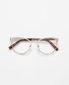 4afbe401b7ce5 Image 2 of ROUND METALLIC GLASSES from Zara Lentes 2017