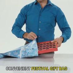 Are you tired of wrapping Christmas gifts one after another? Our drawstring gift bag set can save you from boring and Creative Christmas Gifts, Christmas Gift Bags, Christmas Blessings, Christmas Store, Christmas Gift Wrapping, Xmas Gifts, Christmas Videos, Xmas Presents, Halloween Christmas