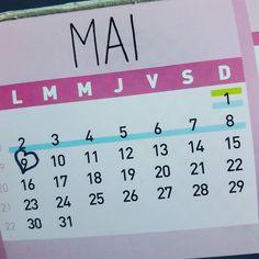 E minha geladeira comemora comigo: o mês favorito chegou! Dos céus azuis e dias frrrrrios! E a pessoa aqui ama fazer aniversário apesar de nunca saber como comemorá - los!  E dessa vez soa especial: os trinta chegaram!  #dia09 #mavaitrintar